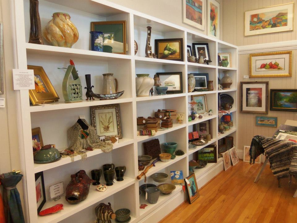 art and pottery displayed in southern arts society gift shop