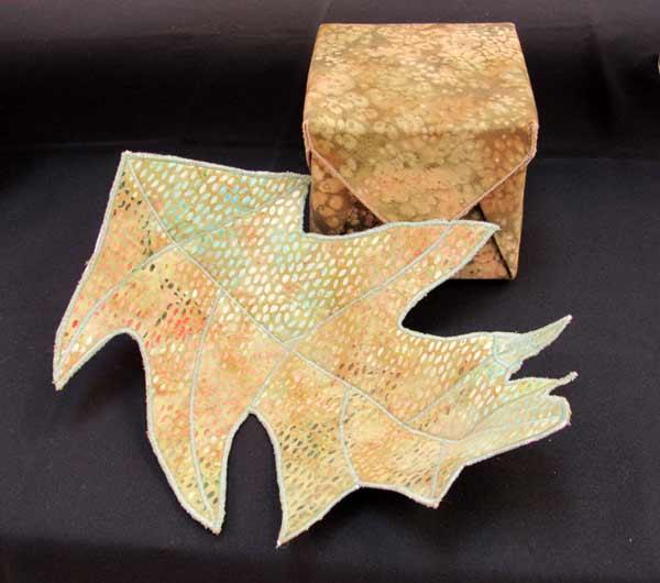 Carol Mclaughlin, fabric-scuplture
